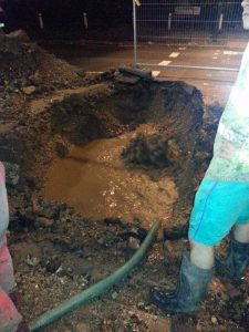 Repair of fire hydrant, 4 metres deep at Dulwich Estates (1)